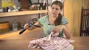The Right Way to Hang Clothes on a Hanger : No-Sew Crafts