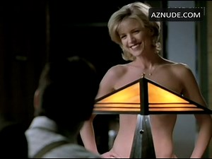 Courtney Smith Nude