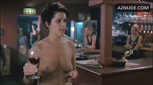 Neve Campbell Breasts