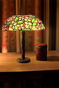 Lampe Art Deco : lampes style art deco ou art nouveau ~ Teatrodelosmanantiales.com Idées de Décoration