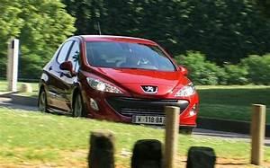 Ce Plus Peugeot : essai comparatif alfa romeo giulietta contre peugeot 308 gti l 39 automobile magazine ~ Medecine-chirurgie-esthetiques.com Avis de Voitures