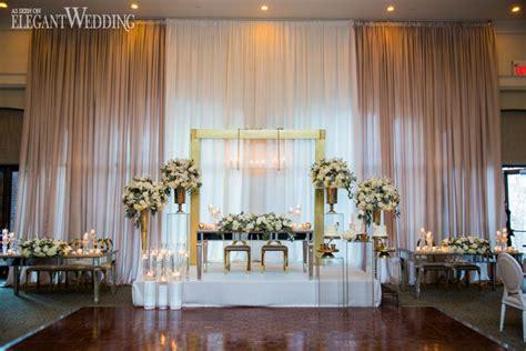White & Gold Winter Wedding Ideas