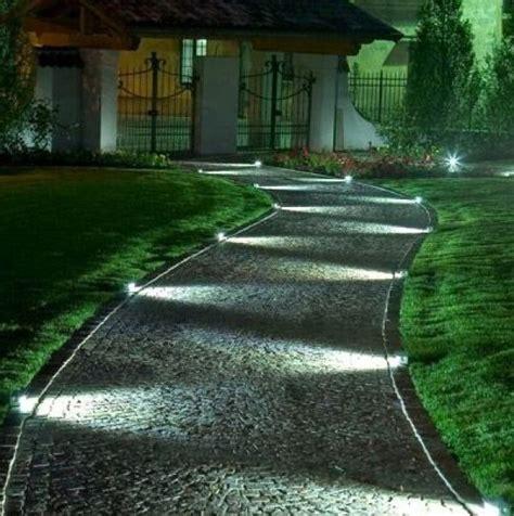 Illuminare Il Giardino Come Illuminare Il Giardino Con I Led Viali Portoni E