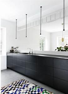 Schwarze Arbeitsplatte Küche : die besten 25 arbeitsplatte schwarz ideen auf pinterest schwarze arbeitsplatten r ckwand ~ Sanjose-hotels-ca.com Haus und Dekorationen