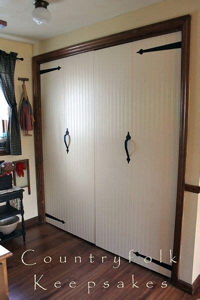 shelves with doors 25 best ideas about cedar closet on cedar 5996