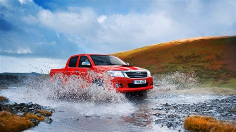 toyota worldwide 10 reasons the toyota hilux rules the earth