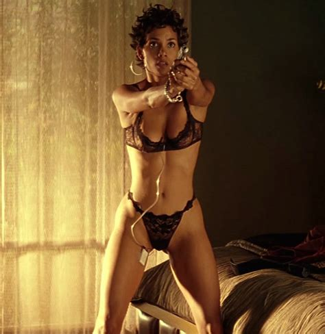 Hot Sexy Halle Berry Photography Real Life Creative Unscripted
