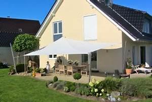 sonnensegel oder markise informationen hier pina designr With feuerstelle garten mit sonnensegel balkon befestigung