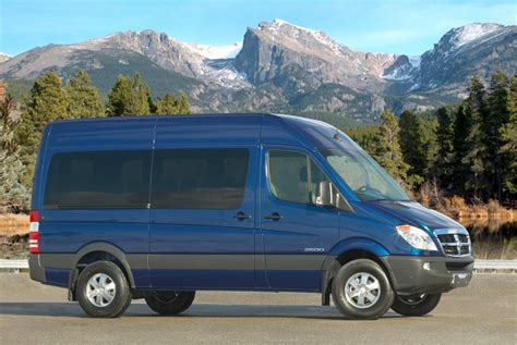 Chrysler Sprinter by Chrysler Could Use Fiat Iveco To Replace Sprinter