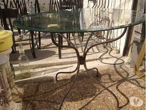 Pied En Fer Forgé : table ronde fer forge clasf ~ Teatrodelosmanantiales.com Idées de Décoration