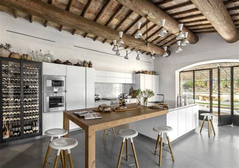cuisine st paul cuisine harmonieuse et contemporaine pour cette rénovation sur mesure atelier de paul