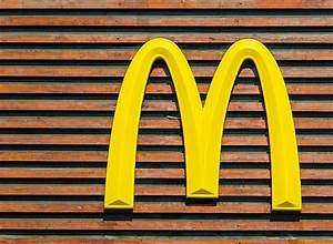 McDonald's Debuts a Burger with Organic Meat | Eat This ...