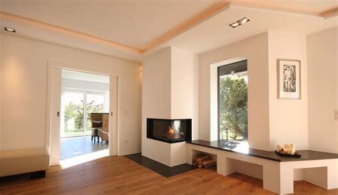 Heizkamin Mit Natursteinbank #fireplace, #moderner