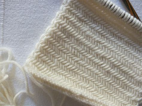 Quadrat Im Muster Sideways Herringbone  Ines Strickt
