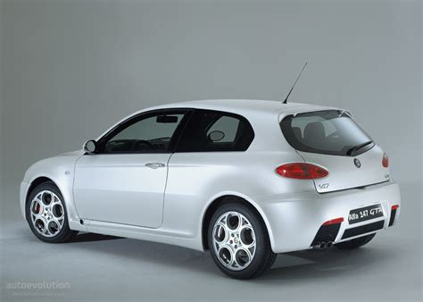 2004 Alfa Romeo 147 Gta  Pictures, Information And Specs