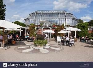 Das Café In Der Gartenakademie Berlin : das caf stockfotos das caf bilder alamy ~ Orissabook.com Haus und Dekorationen