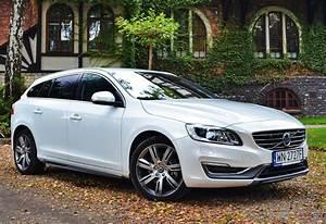 Volvo V60 Summum : volvo v60 d5 summum szwedzka alternatywa namasce ~ Gottalentnigeria.com Avis de Voitures