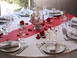 Décoration Mariage Rouge Et Blanc : decoration de table pour mariage rouge et blanc mariage ~ Melissatoandfro.com Idées de Décoration
