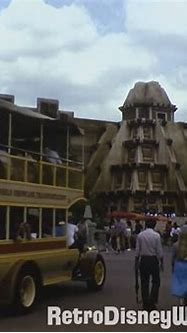 See Retro EPCOT Center in All Its 1980's Glory ...