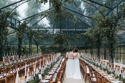 hot wedding venue trends   uk wedding venues