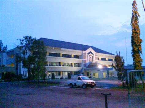 Oil and Gas Education and Training Center Cepu   Cepu