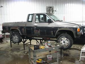 1986 Nissan Pickup Manual Transmission 4x4  20145922