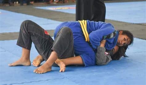 Épinglé sur Brazilian Jiu-jitsu (Bjj) female/ Jiu-jitsu ...