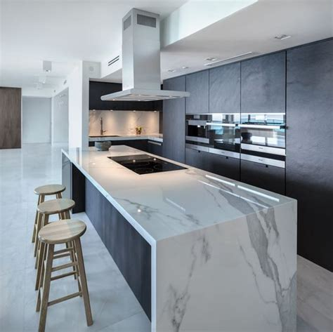3 coolest kitchen layouts with 27 exles digsdigs