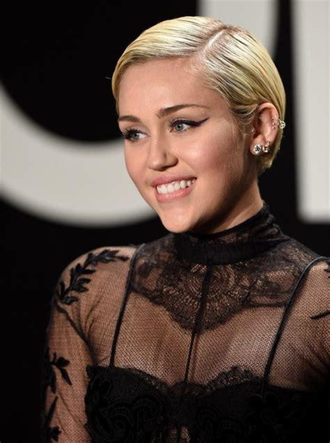 Miley Cyrus Photos Photos   Celebs at the Tom Ford 2015