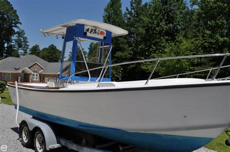 Chris Craft Type Boats by 1974 Used Chris Craft Dory Fisherman 22 Center Console