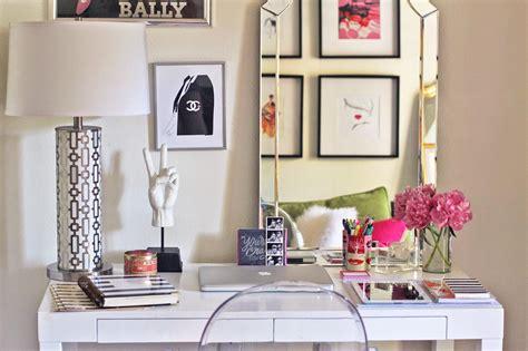 give  desk  makeover    cute ideas sheknows