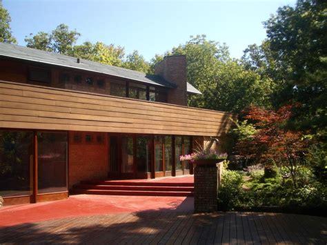 frank lloyd wright lake house sale of the week frank lloyd wright s only lake forest house chicago magazine deal estate