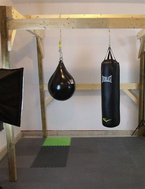 diy heavy bag ceiling mount the home made boxing guide commando boxing how to