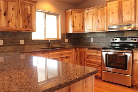 Backsplash Ideas With Cabinets by Stunning Hickory Cabinets Decorating Ideas For Kitchen