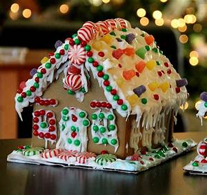 Build A Gingerbread House From Scratch With This Step