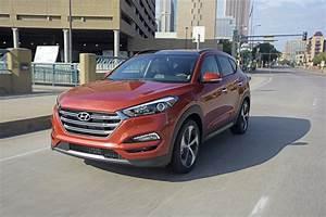 Hyundai Tucson 2016 : car review 2016 hyundai tucson blackpressusa ~ Medecine-chirurgie-esthetiques.com Avis de Voitures