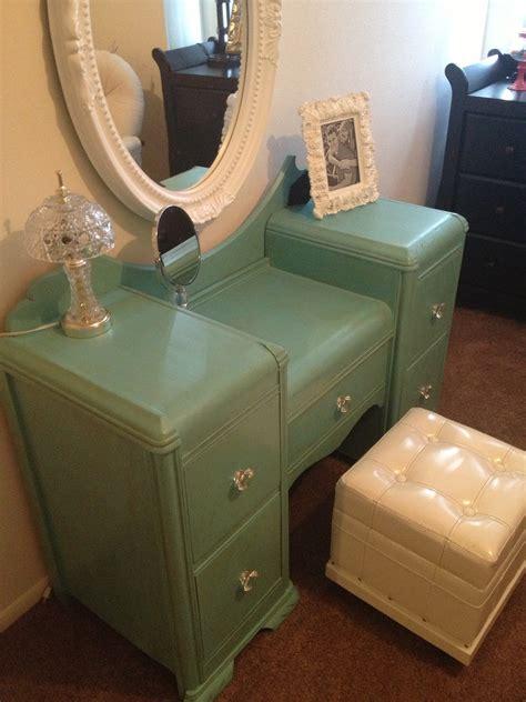 fancy  furniture antique vanity