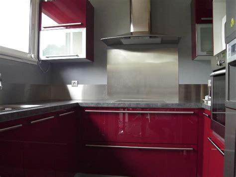 cuisine avec credence inox cr 233 dence inox bross 233 pour la cuisine plan de travail inox sur mesure