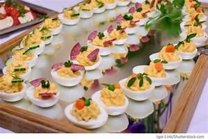 Gekochte Eier Dekorieren : gef llte eier mit lachs geburtstagsideen pinterest gef llte eier lachs und eier ~ Markanthonyermac.com Haus und Dekorationen