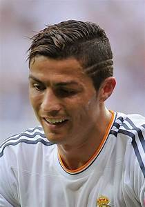 60+ Cristiano Ronaldo Hairstyle from Year to Year ...
