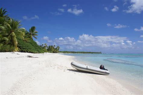 travellers guide  famous beaches wiki travel guide