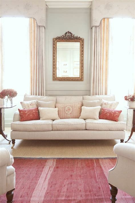capitonner un canapé le gros coussin pour canapé en 40 photos