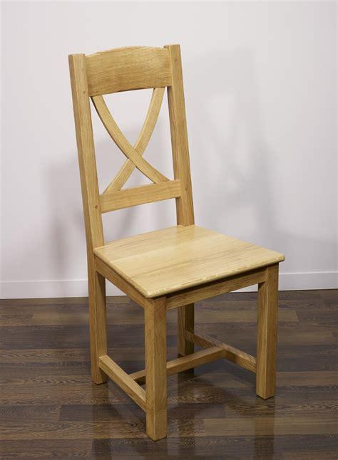 chaise en chene chaise en chêne massif de style cagne assise chêne