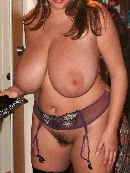 lovely brunette in hot homemade pic