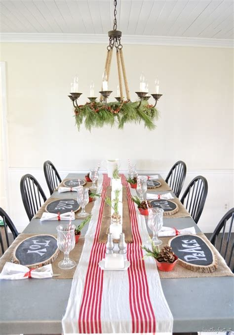 decorate  dining table  christmas
