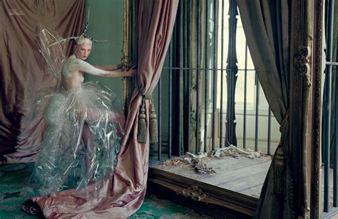 Tim Walker The Multitalented Figure Ozonweb Ozon