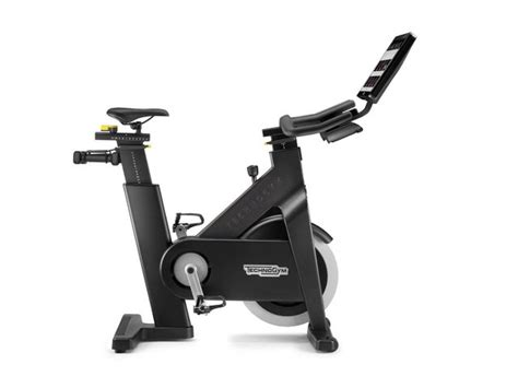 Reading my life fitness indoor cycle reviews, you will notice that one thing i have always wished the icg cycles had as i mentioned before in this life fitness ic8 review, you don't to assembly anything. Schwann Ic8 Reviews : Schwinn Ic8 Indoor Spin Bike Elite ...