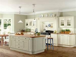 Kitchens-Traditional - Cambabest Ltd