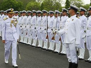 Indian Navy Officer - What does a Naval Officer do ...