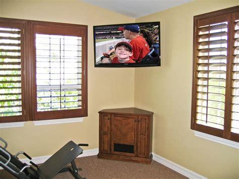 install  flat panel tv hometriangle